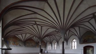 Gothic vault in Malbork castle in Poland — Stock Video