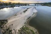 Asciutto del fiume vistola a varsavia, polonia — Foto Stock