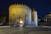 Barbakan gate to the Old Town in Warsaw — Stock Photo