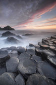 Sundown over The Giants Causeway, North Ireland — Stock Photo