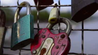 Padlocks closed on balustrade. — Stock Video