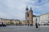 St. Mary's Church in historical center of Krakow town in Poland — Stock Photo