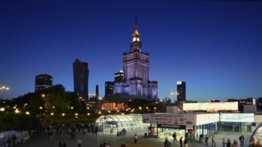The Palace of Culture and Science building is a landmark of capital Poland. — Stockvideo
