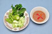 泰国辣椒酱和混合的蔬菜 — 图库照片