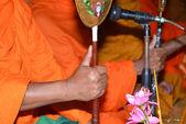 Monk's hand — Stockfoto