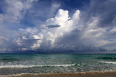 Beautiful sea, sky and clouds — Stock Photo