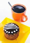 Runda kex kaka med kopp kaffe — Stockfoto