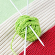 Ball of yarn on knitted fabrics - Lizenzfreies Foto