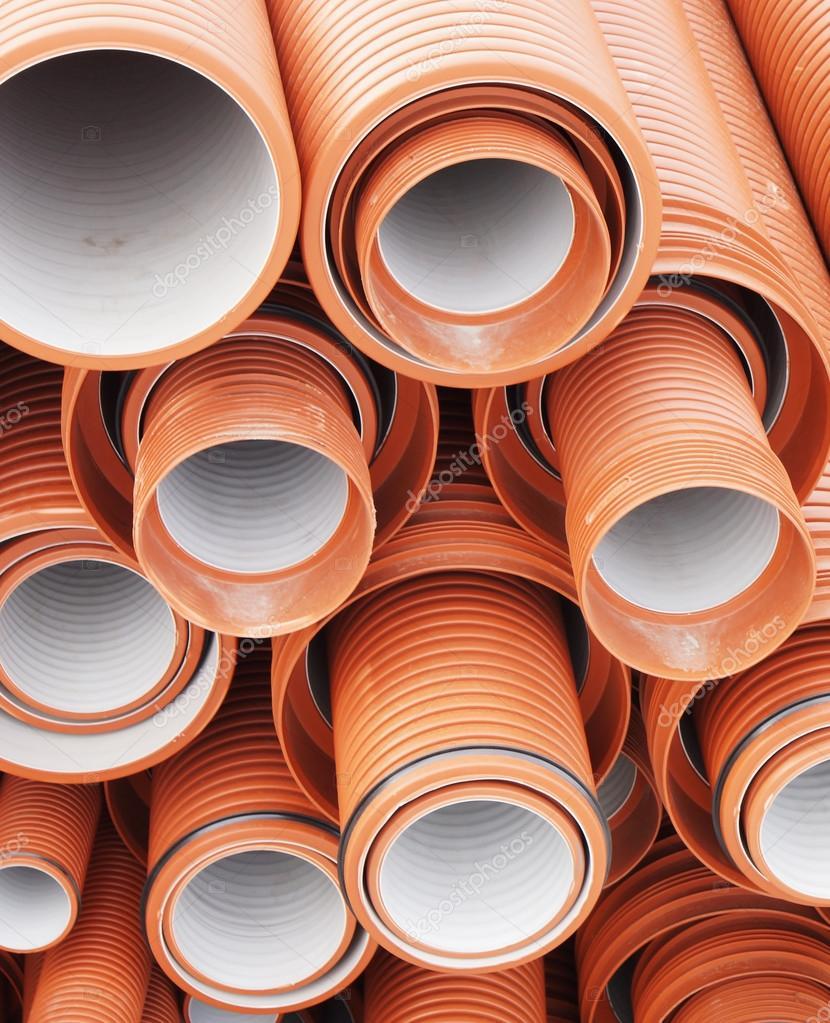 Tubi di plastica per fognatura foto stock a poselenov for Tipi di tubi di plastica