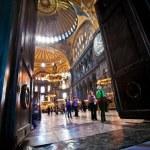 Hagia Sophia interior in Istanbul, Turkey — Stock Photo #39655757