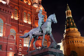 Night view of Marshal Zhukov monument — Stock Photo