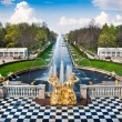 fountain in peterhof — Stock Photo