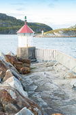 Una foto de un antiguo faro - noruega — Foto de Stock