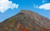 A photo of the dead volcano Koko Head, Oahu, Hawaii — Stock Photo