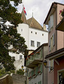 Alleyway to the Nyon castle — Stock Photo