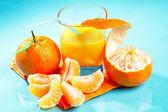Mandarin and sinas juice — Stock Photo