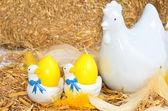 鶏と卵のイースター装飾 — ストック写真
