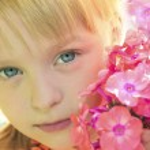 Beautiful little girl. — Stock Photo #31357799