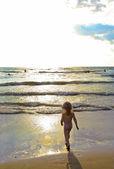 Denizde yüzmek. — Stok fotoğraf