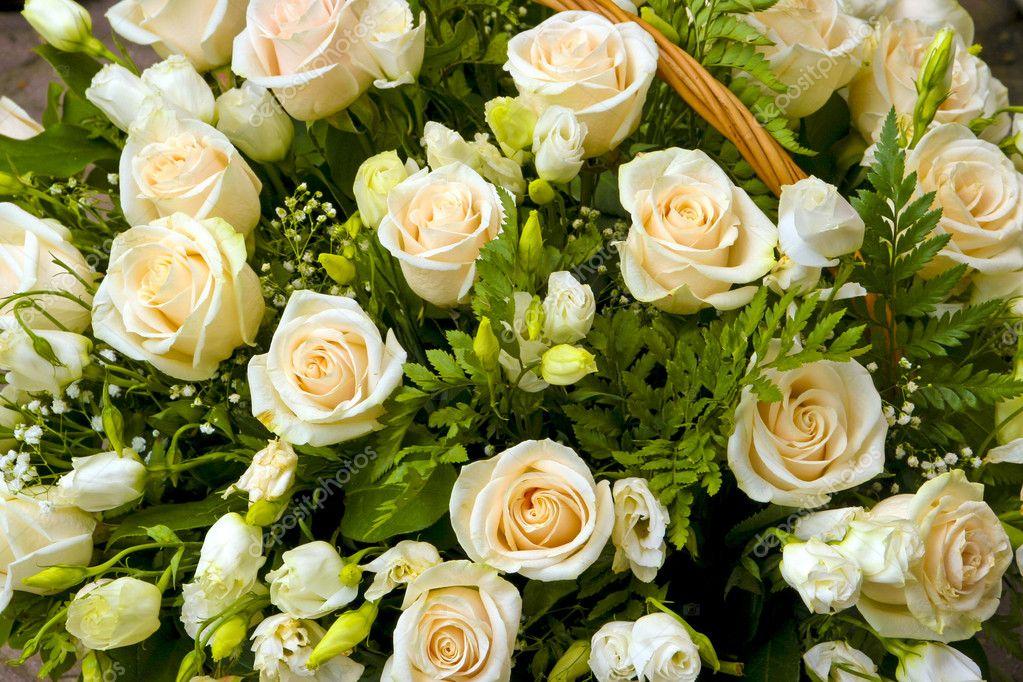 新娘花束玫瑰手工制作的