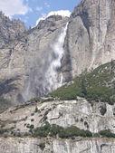 Yosemite falls — Zdjęcie stockowe