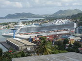 Ruby Princess in St Lucia — Stock Photo