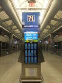 станции airtrain jfk airport в нью-йорке — Стоковое фото