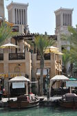 Madinat jumeirah arabische resort in dubai, vereinigte arabische emirate — Stockfoto