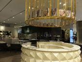Vogue café no centro comercial de dubai, nos emirados árabes — Fotografia Stock