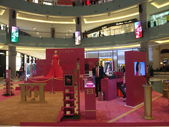 Escada exhibit near Fashion Avenue at Dubai Mall in the UAE — Stock Photo