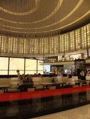 Fashion Avenue at Dubai Mall in Dubai, UAE — Stock Photo