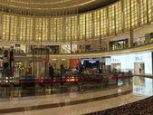 Dubai, Birleşik Arap Emirlikleri dubai Mall moda avenue — Stok fotoğraf