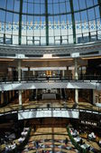Mall of the Emirates in Dubai, UAE — Foto de Stock