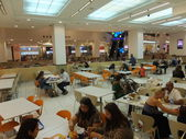 Food Court at Mall of the Emirates in Dubai, UAE — Foto Stock