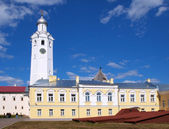 Wieża zegarowa w Nowogrodzie — Zdjęcie stockowe