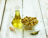 Olive oil condiment vegeterian food — Stock Photo
