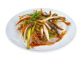 экстракт риса пластина рыбы, длинных макарон, изолированные на белом му — Стоковое фото