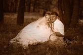 Photo noir et blanc rétro sépia couple belle au mariage — Photo