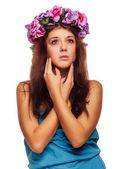 Beautiful model face woman close-up beauty head, wreath flowers — Stock Photo