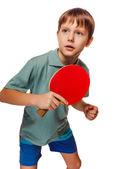 Athlet junge kind teenager mit schläger spielt tischtennis ping p — Stockfoto