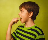 Kid boy teenager baby poisoning vomiting belching, anorexia fing — Stock Photo