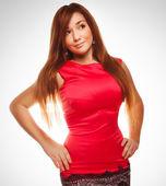 Menina mulher procurando uma vista lateral em vestido vermelho isolado no branco ba — Fotografia Stock