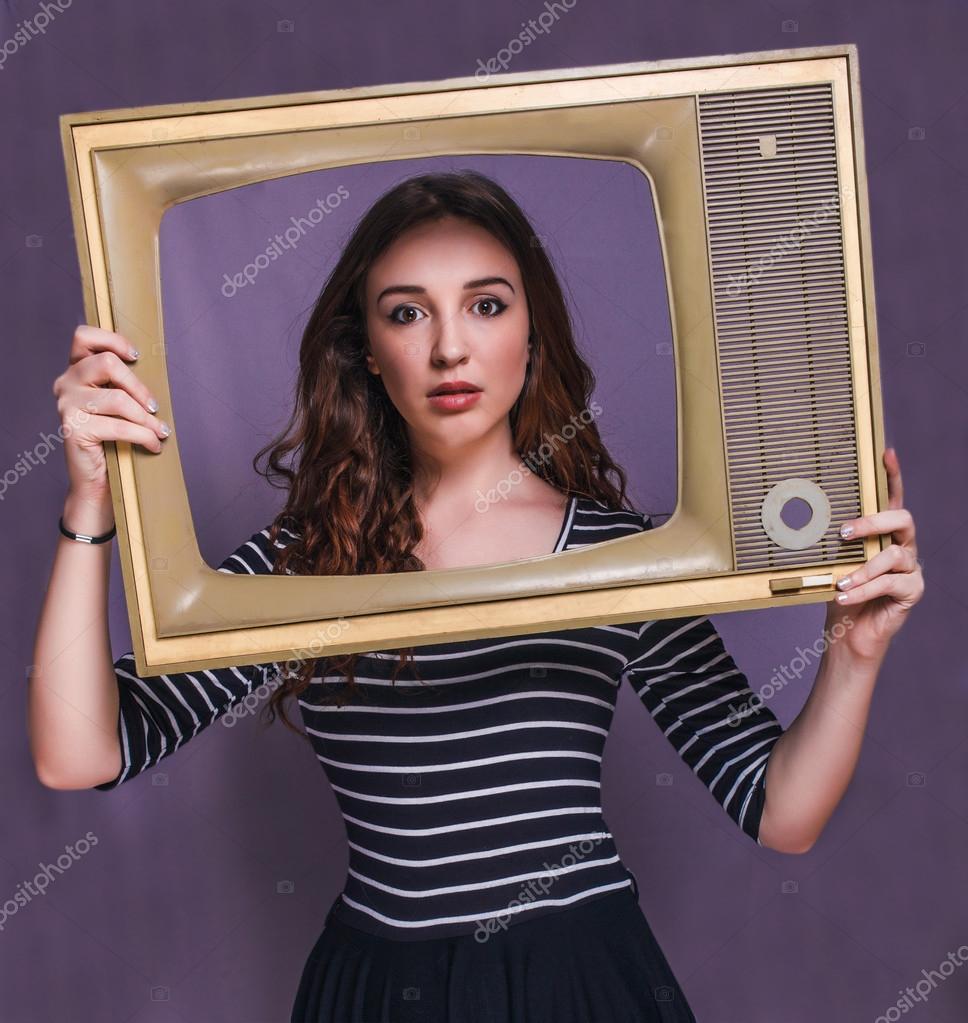 Кудрявые брюнетки девушки фото