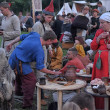 People at an event dedicated to the reconstruction of the life of the Vikings — Foto de Stock