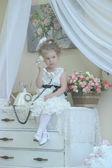 Cute Little Girl on the Phone — Stockfoto