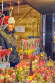 традиционный ежегодный рождественский рынок в санкт-петербурге — Стоковое фото
