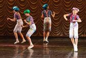 Kids dancing — Stock Photo
