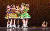 Niños bailando — Foto de Stock