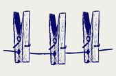 Clothespins ip üzerinde — Stok fotoğraf