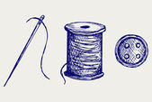 Spool with threads and sewing button — 图库照片